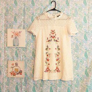 NWOT Shein Lace Short Sleeve Floral Mini Dress